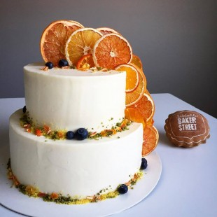 CITRUS WEDDING CAKE