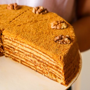 Toffy-Honey Cake