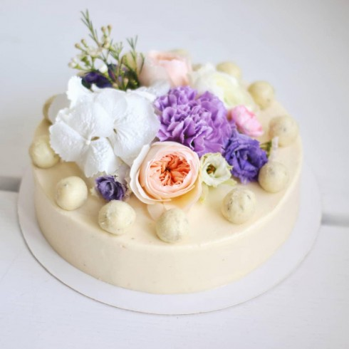 GORGONZOLA WEDDING CAKE